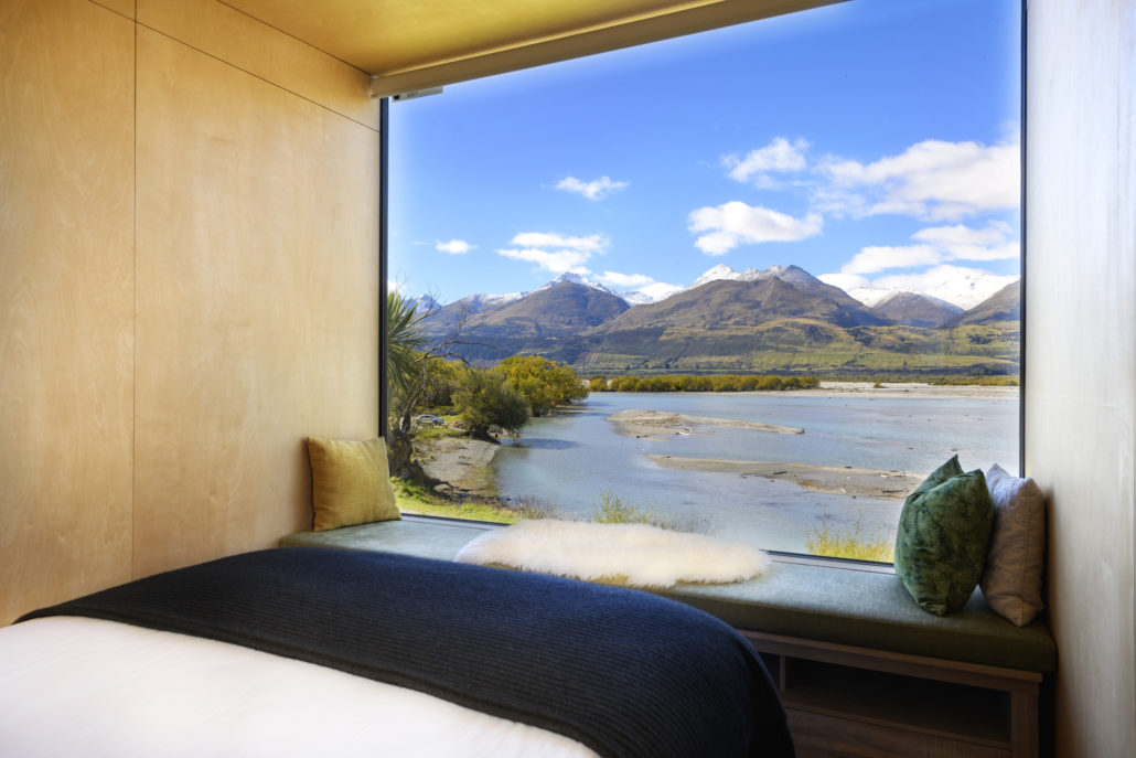 Lake and mountain views from your bed near Glenorchy